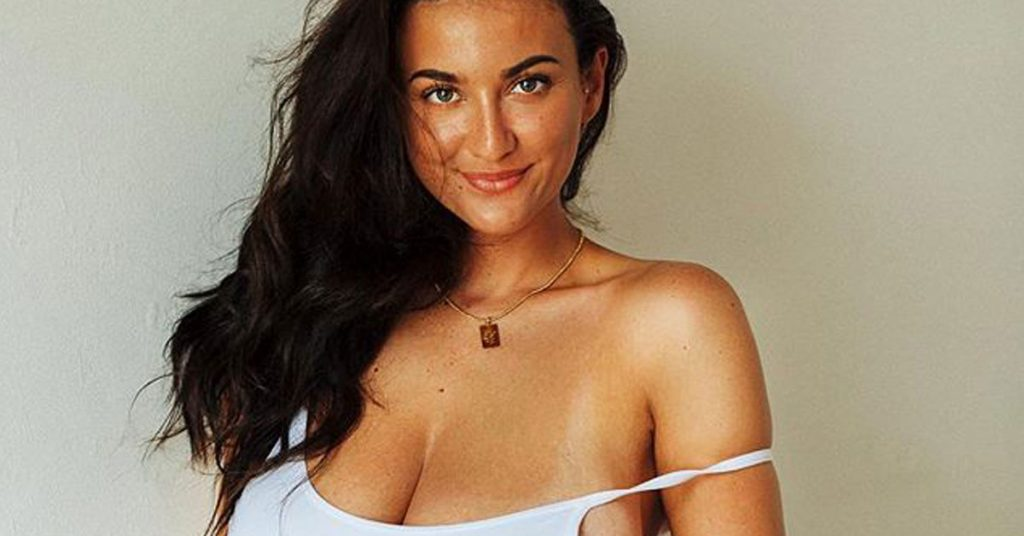 joey fisher cleavage