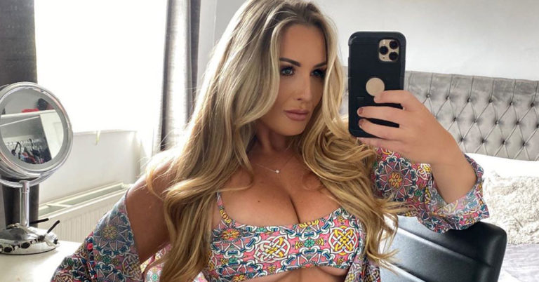 daisy taylor bikini selfie