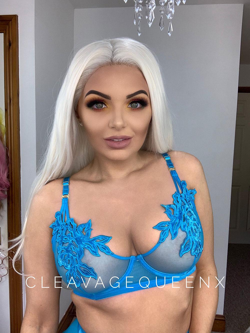 gemma lago cleavage queen